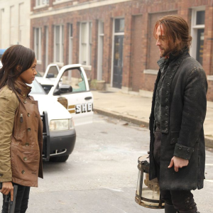 Nicole Beharie and Tom Mison in Sleepy Hollow.